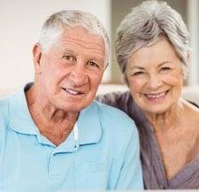 middelbare leeftijd koppel assistentiewoningen